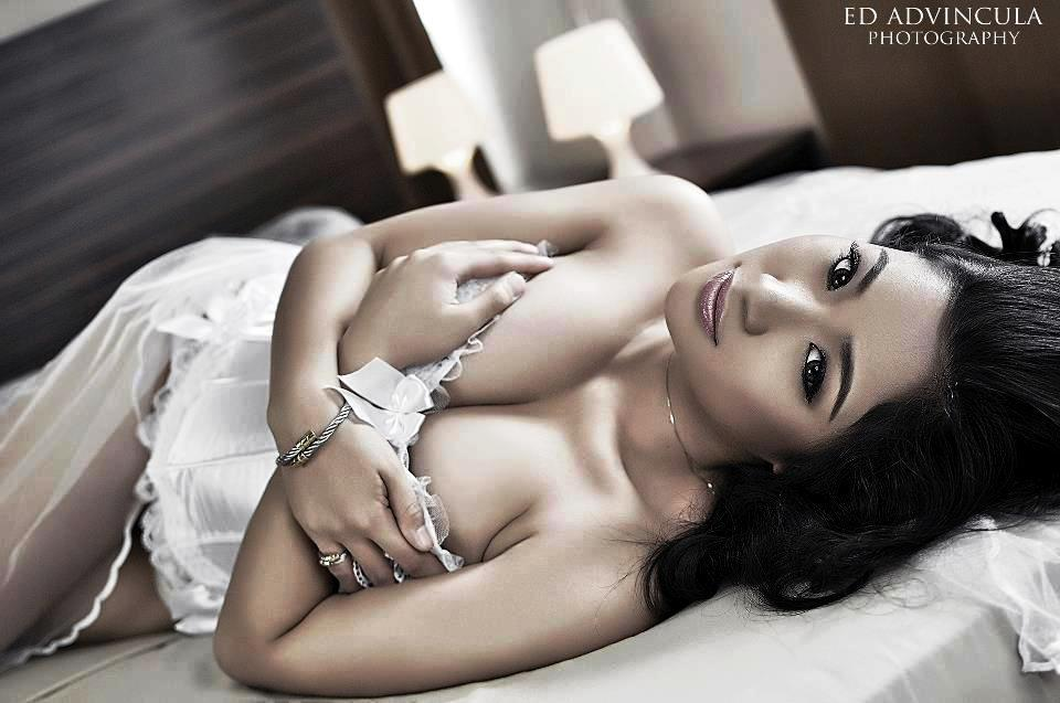 Alyzza-Agustin-Nude-Topless-Photos-www.ohfree.net-010 FHM Philippines Alyzza Agustin Nude Topless Photos Leaked