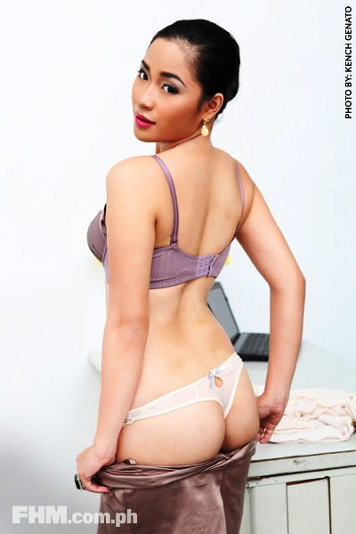 Alyzza-Agustin-Nude-Topless-Photos-www.ohfree.net-068 FHM Philippines Alyzza Agustin Nude Topless Photos Leaked