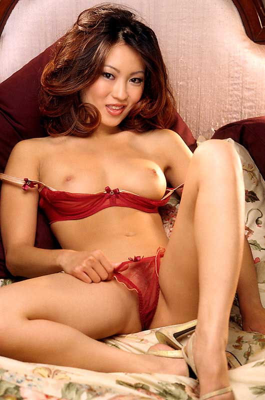 Playboy-Cyber-Girl-Michelle-Lin-www.ohfree.net-003 American nude model and the Playboy Cyber Girl Michelle Lin nude photos leaked