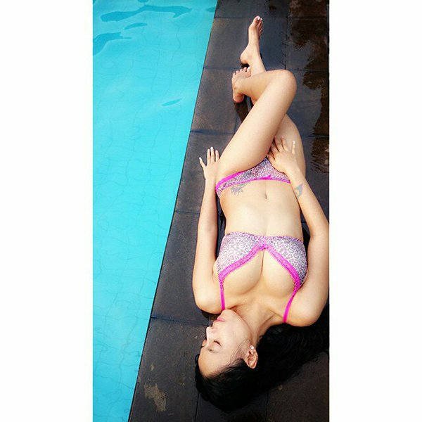 Aprilla-Vigee-nude-sexy-018-by-ohfree.net_ Indonesian model Aprilla Vigee nude sexy photos leaked
