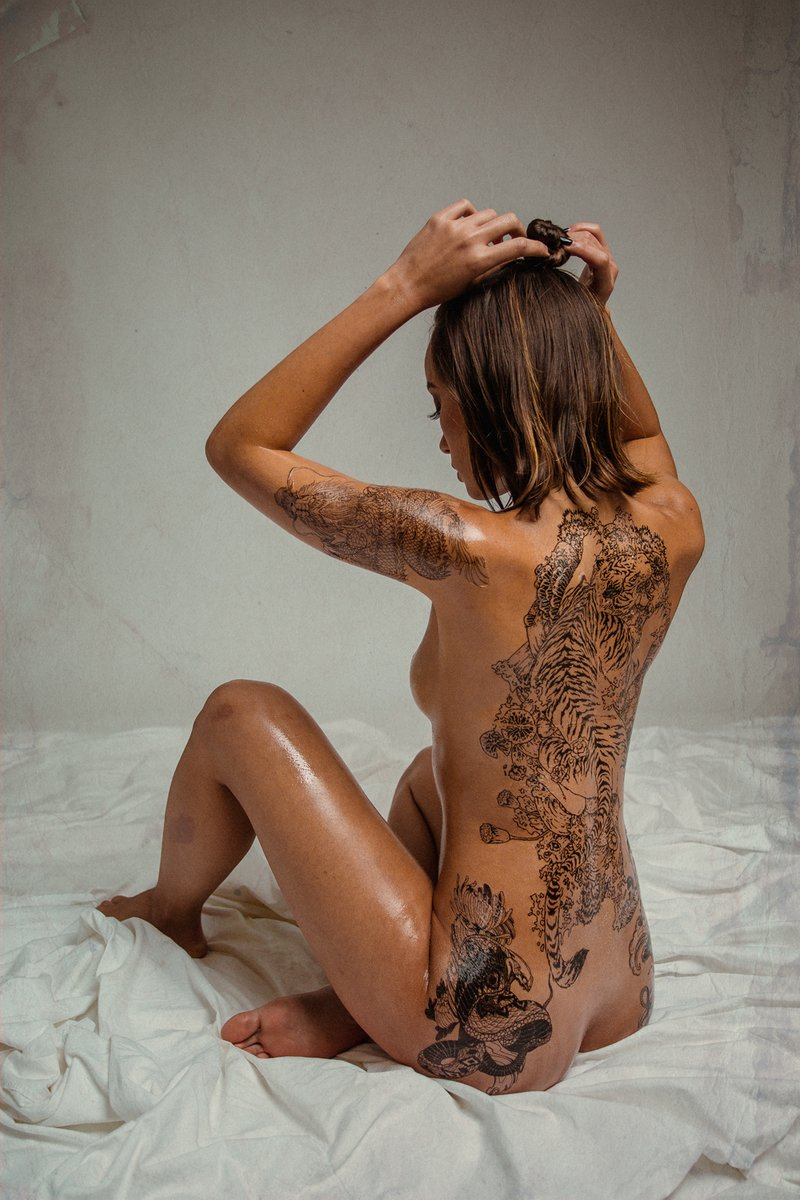 Erin-Tequila-aka-Erin-Fitzgerald-nude-012-by-ohfree.net_ Thai and Irish model Erin Fitzgerald nude and covered in fake tattoos