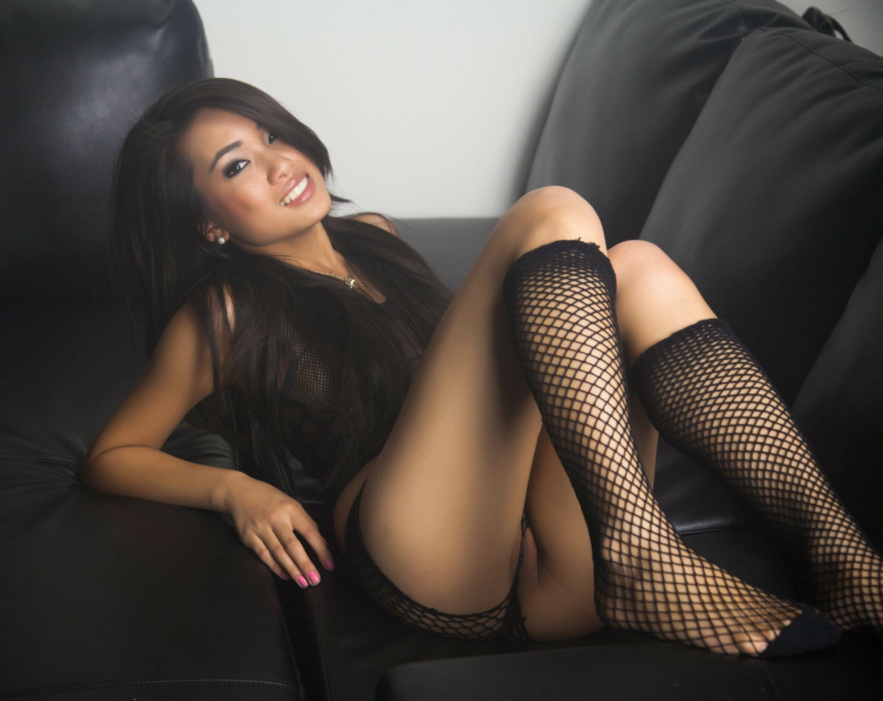Sandra-Wong-nude-sexy-photos-leaked-www.sexvcl.net-015 Burmese model Sandra Wong nude sexy photos leaked